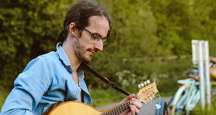 Myles McCormack - Irish music artist